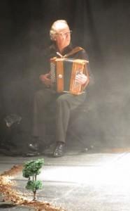 G Potier l'accordéoniste Gérard Baraton 2013 11 29