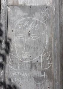 Chalais Hôtel de la Gare graffiti 2013 09 22 red