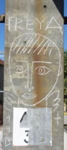 Chalais Quai de la gare graffiti 1  2013 09 22 red