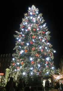 67 Strasbourg le grand sapin red