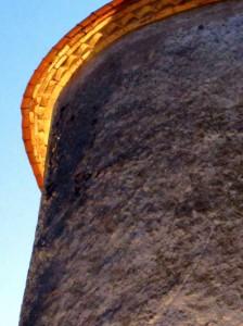 Vanxains la Tour sommet éclairé 2red 2015 07 19