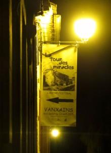 4 24 Vanxains kakémono nuit red 2015 08 06